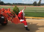 Santa flies into Bathurst Greyhounds